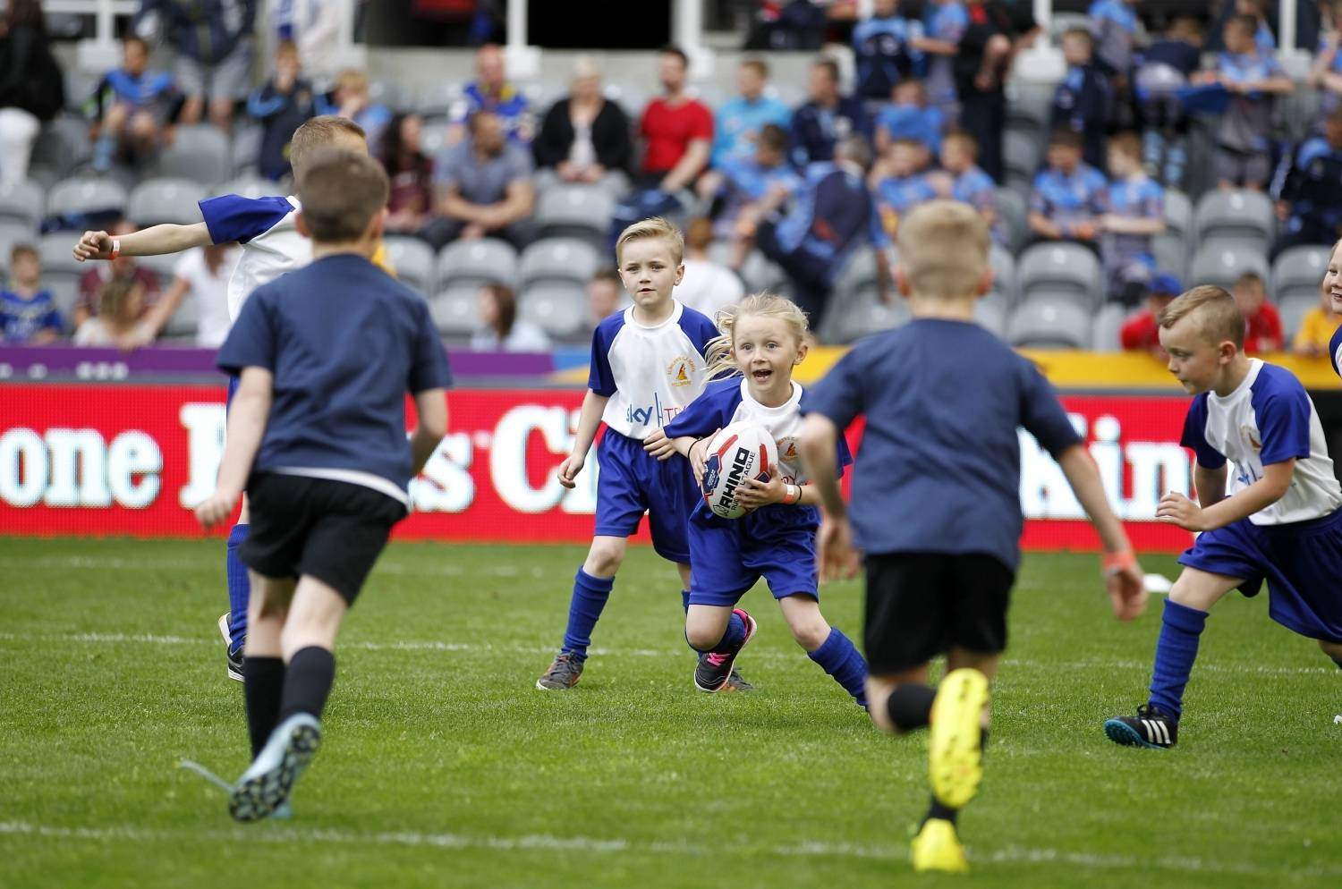 Newcastle Thunder reach over 700 children in 2016 with Sky Try
