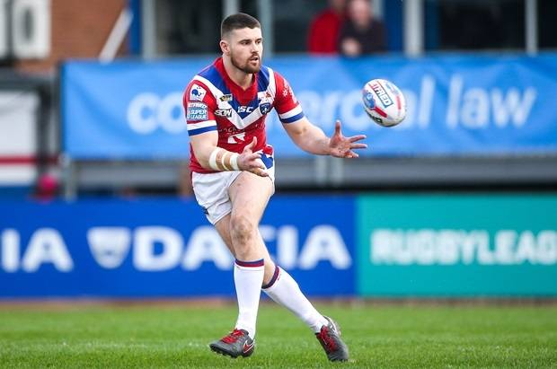 Wakefield prop Allgood ruled out for six weeks with broken hand