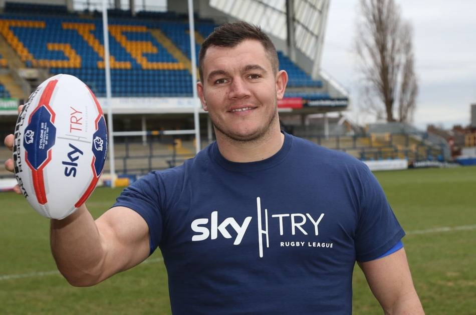Rhinos stars Ferres and Watkins announced as new Sky Try ambassadors