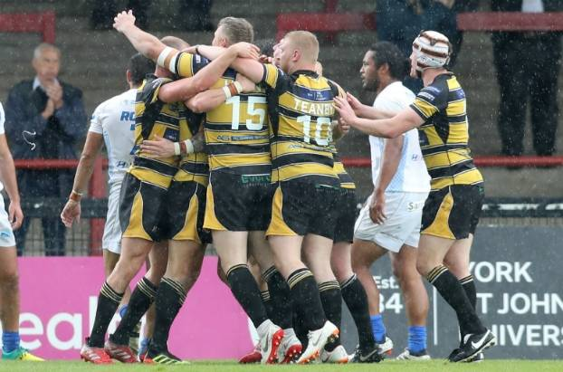 York and Leigh clinch Championship play-off places