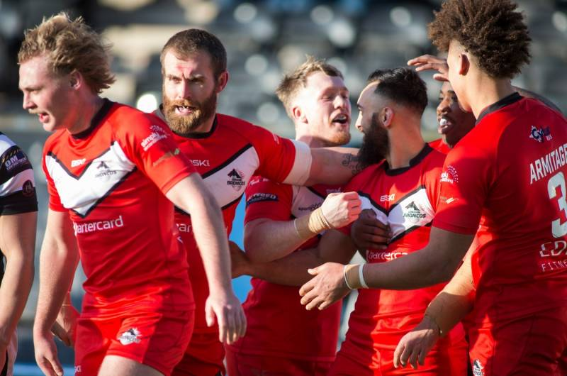 Leigh win big as London down Widnes on the road