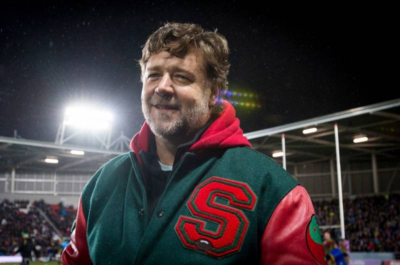 Russell Crowe's message to those in need in St Helens