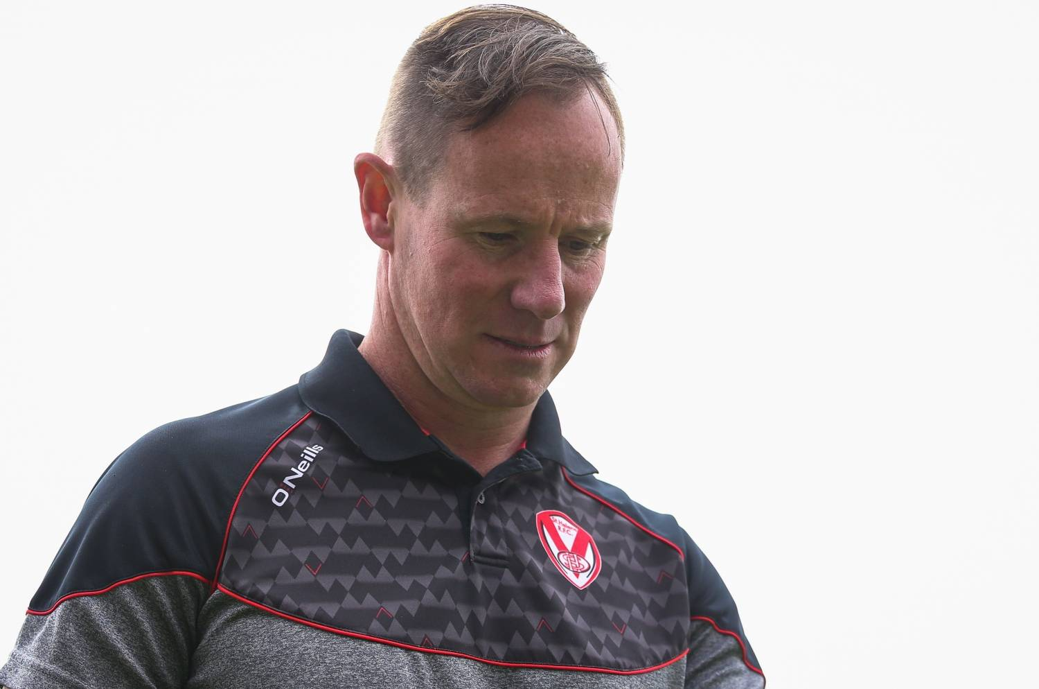 Holbrook wary of Hull spoiling the party